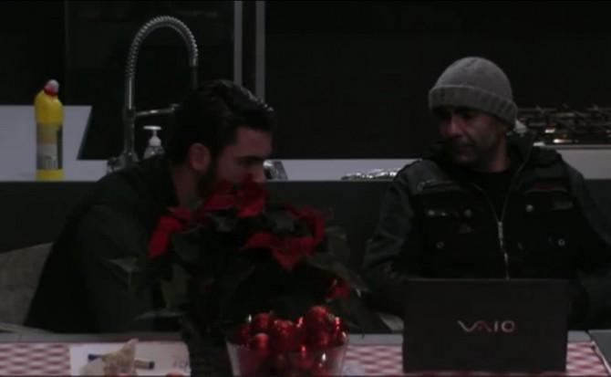 Joey heeft spijt van de kerstman slopen