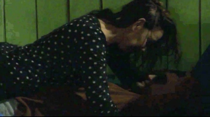 Vanessa bespringt Mark