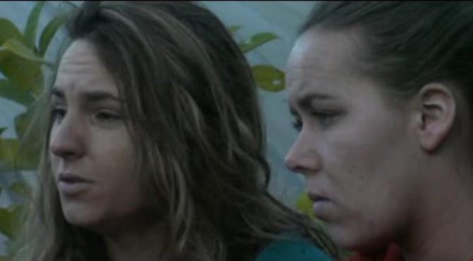 Laura en LauraB gaan Gaby aanspreken