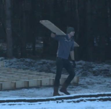 Patrick sloopt zijn huis