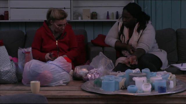 Colinda en Gabriëlle vinden het zielig voor Danny