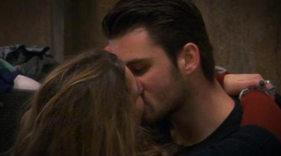 Is de relatie van LauraB en Joey weer goed?