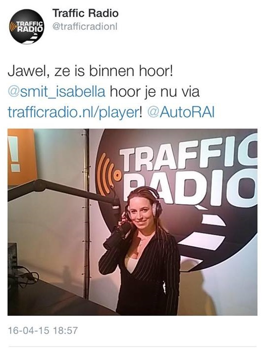 Isabella Smit is op de auto Rai Amsterdam