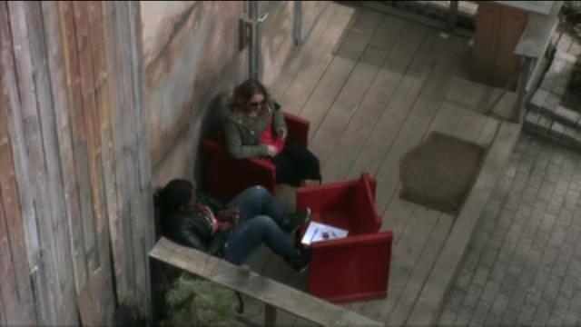 Laura en Gabriëlle hebben last van spanningen