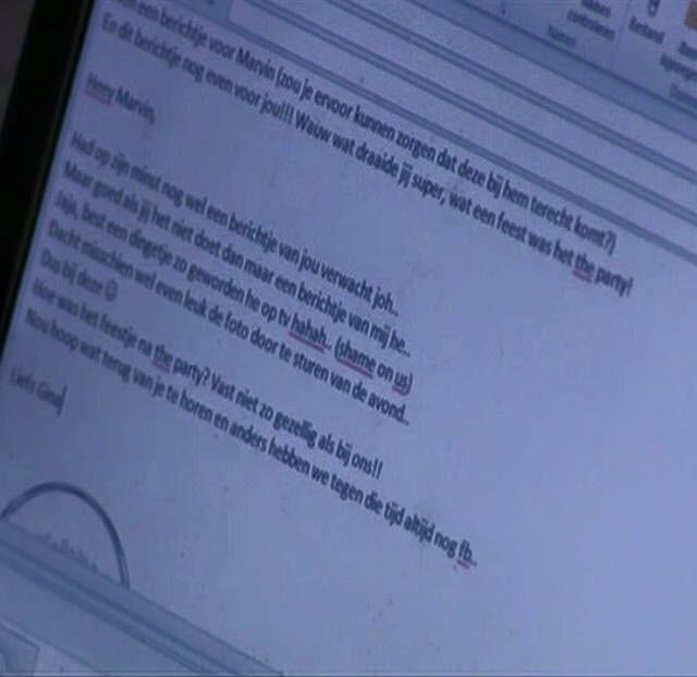 Gina schrijft mail aan nieuwe vlam