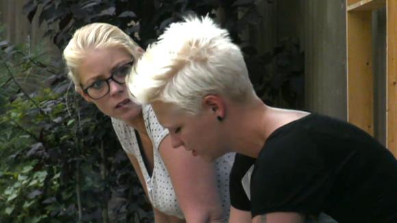 Nicole is niet blij met de band tussen Stefanie en Rob