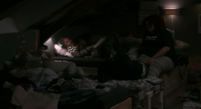 Gaan Bas en Ramona samen slapen?!