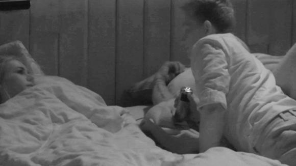 Nachtelijke discussie tussen Benjamin en Naomi