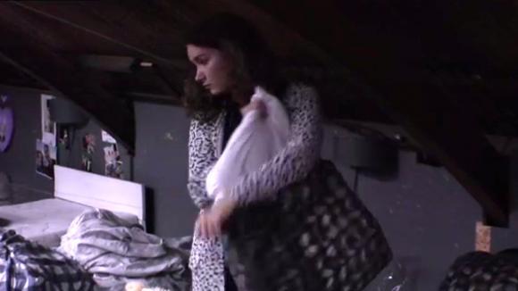 Gina wil de vide netjes houden