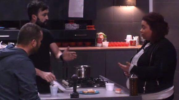 Mark en Ramona hadden een discussie over eten