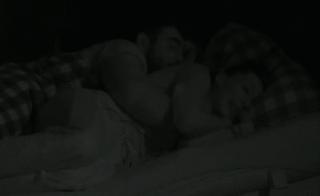 Rowena en Ivan hebben samen geslapen?!