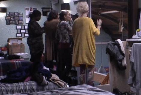 Gina, Victoria en Do over Cees zijn acties