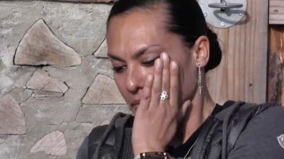 Rowena in tranen door tegenvallende single verkoop