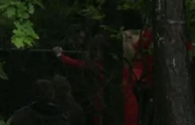 Rowena had bezoek aan het hek
