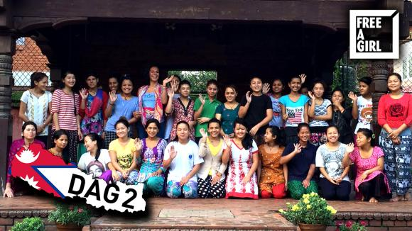 De tweede dag van Rowena in Nepal