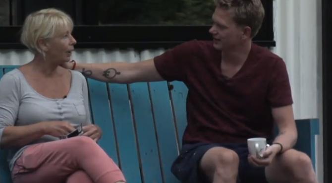 Karin vind Cees een flapdrol door de actie met Rob Geus