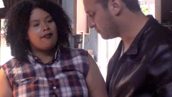Ramona woest op Jessie omdat hij dingen alleen doet voor de markt