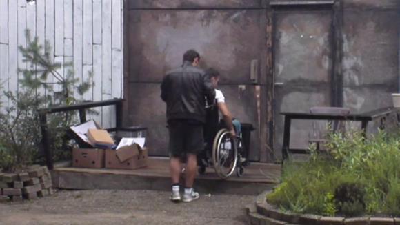 Gert-Jan zit vandaag een hele dag in een rolstoel