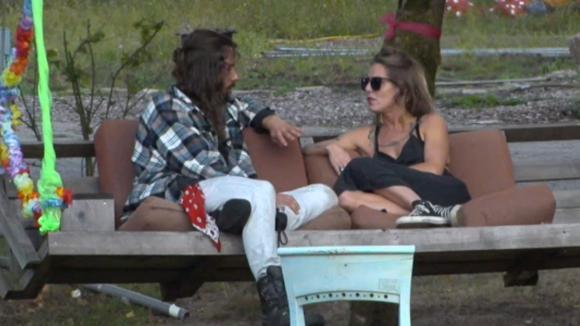 Ruud spreekt met Billy over haar eerdere liefdesverklaring