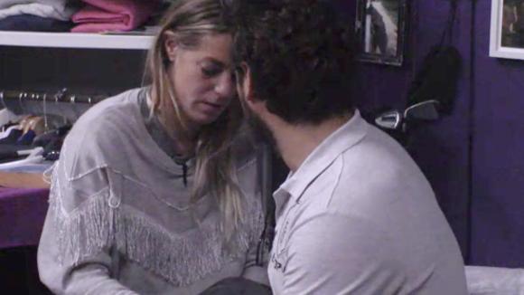Jessie en Billy denken een tijdje na of ze stoppen of doorgaan met hun relatie