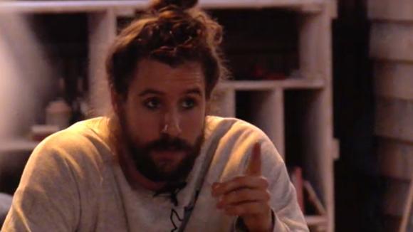 Ruud jaloers omdat Rowena met potentiële bewoner Boyd flirt?