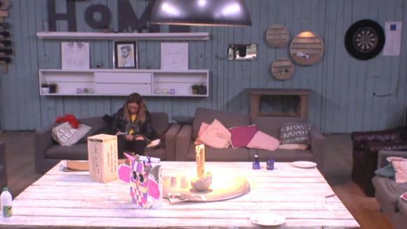 Bas en Ramona vertellen Tess nu al dat de meeste voor Boyd zullen kiezen