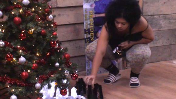 Ramona heeft een kerst verrassing voor iedereen
