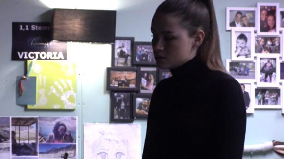 Romy geeft tegenover Britt toe dat ze haar als concurrent ziet