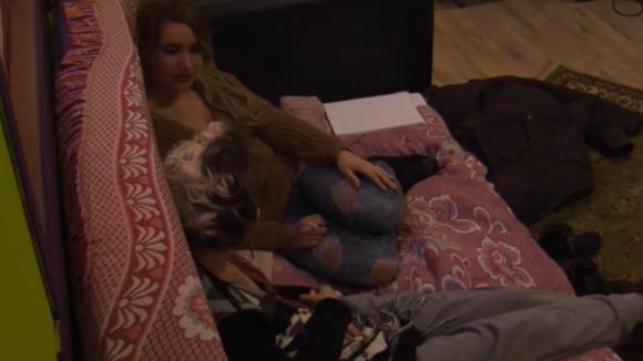 Gina en Victoria kijken terug op Gina's Utopia avontuur