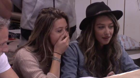 Demi en Fay zijn geselecteerd door FHM als de meest mooie dames van Nederland