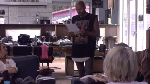 Ronnie en Jasper komen langs in Utopia om over homo geweld te praten
