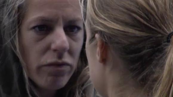 Billy heeft het gevoel dat ze te veel rondom de situatie met Jessie geconfronteerd wordt