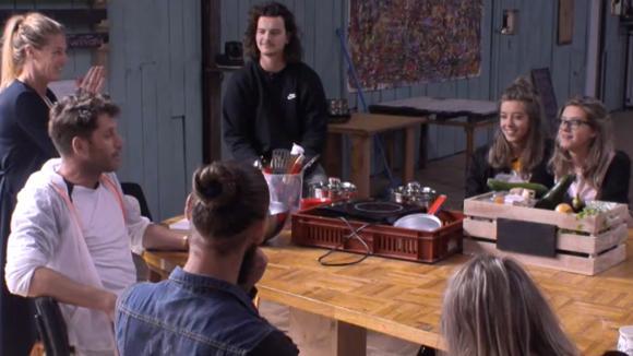 Bewoners doen erg rustig aan en het volgende thema van de kookwedstrijd is bekend!
