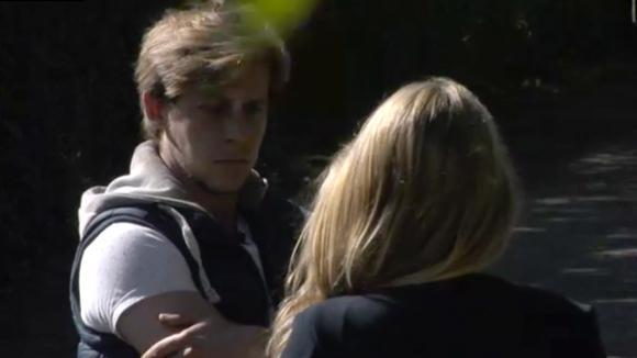 Billy denkt dat Beau er moeite mee heeft dat Bas erg amicaal is naar vrouwen