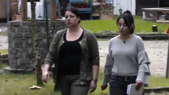 Madilia en Linda gaan vol op Jacco stemmen