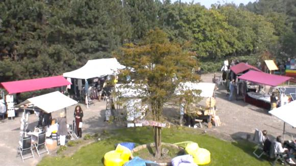 De Summer Fair markt is in volle gang