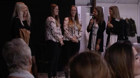 Demi en Fay maken de winnaars van de tweelingentest bekend