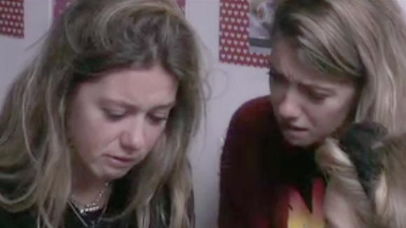 Demi en Fay krijgen een brief met heel verdrietig nieuws