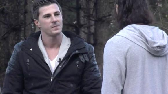 Johan is kwaad op Beau, hij vindt haar schijnheilig
