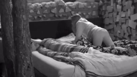 Demi en Senna brengen wederom de nacht met elkaar door
