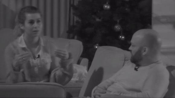 Beau spreekt met Baldr over Johan omdat zij hun vriendschap mist