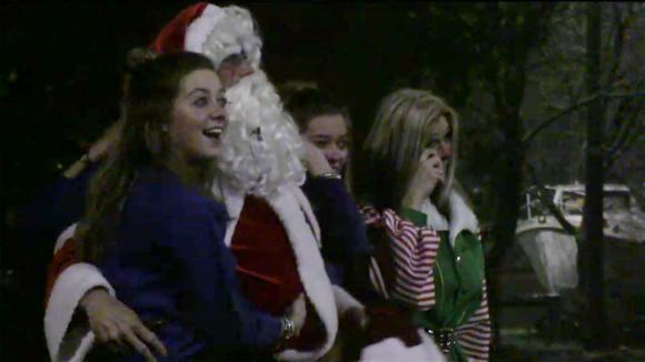 Alle bewoners krijgen een hele speciale kerst verrassing