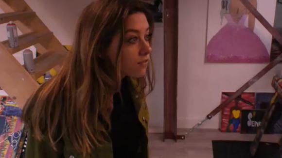 Demi en Madilia vinden dat Mehmet de laatste tijd raar doet