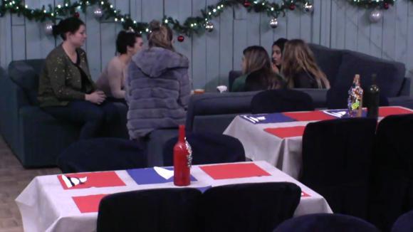 Het vrouwenteam wil de mannen uit balans brengen tijdens de kookwedstrijd