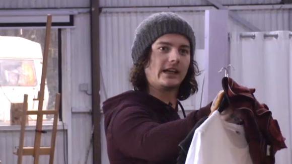 Chipp is geïrriteerd omdat Ivan het beter denkt te weten dan de boekhouder