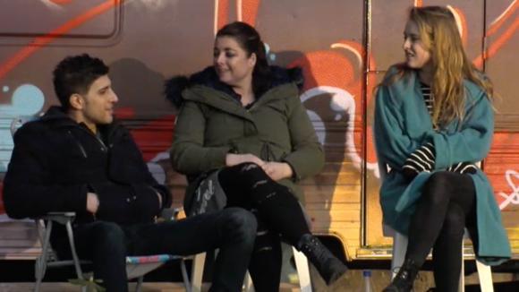 Linda, Mehmet en Romy denken dat er weinig gaat gebeuren tussen René en José