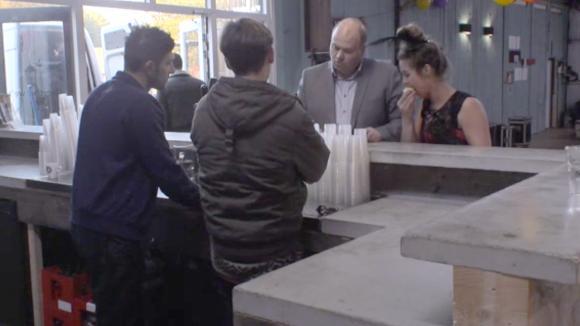 De bewoners moeten nog een factuur van meer dan 5000 euro betalen aan de drank leverancier