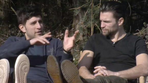 Mehmet en Cemal vinden dat Rienk grootheidswaanzin heeft